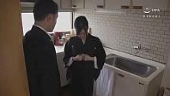 เอวีญี่ปุ่น เย็ดลืมผัว เย็ดมันส์ เย็ดกับเพื่อนผัว หนังโป๊เด็ด